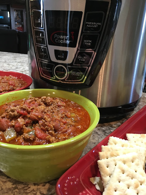 Instant Pot Chili, Chasing Saturdays, easy meal