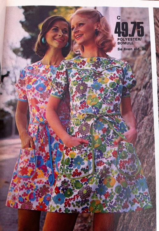 13af40d9f5fa Ellos vår & sommar 1973 är så fullmatad med fina klänningar! Jag kan dock  inte sluta förundras över hur korta klänningar man satte på barnen!