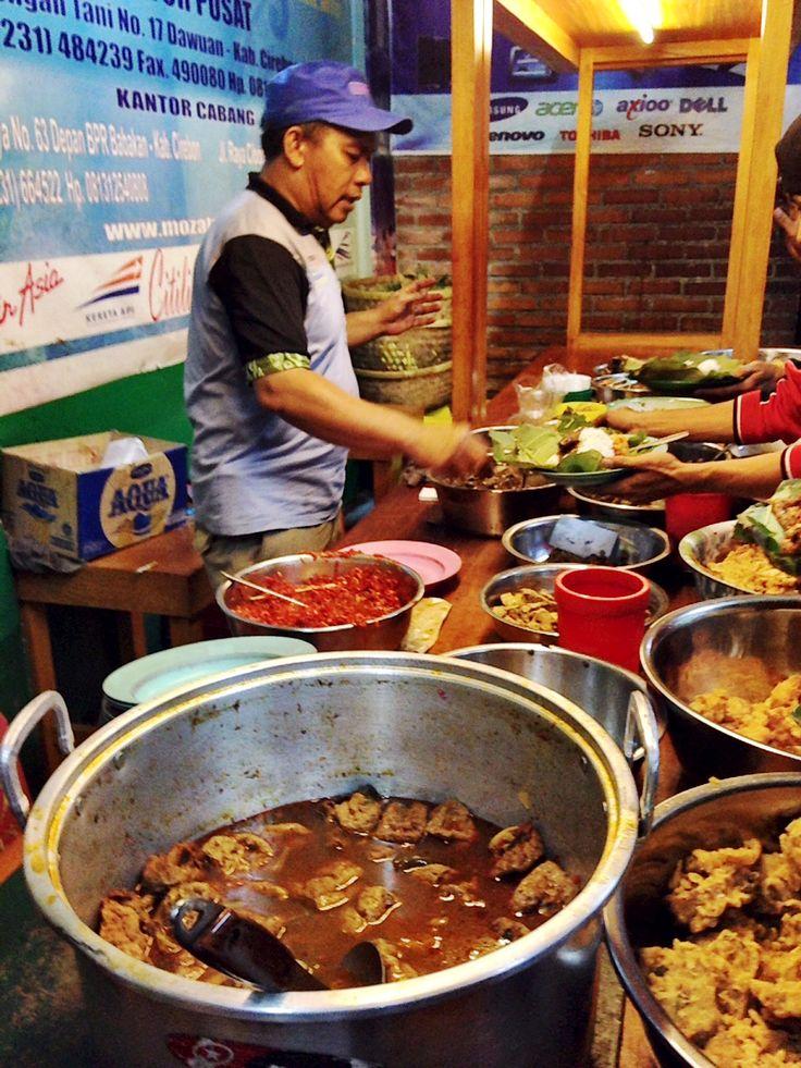 Kuliner Malam Cirebon : kuliner, malam, cirebon, Tempat, Wisata, Kuliner, Cirebon, Terkenal, Murah