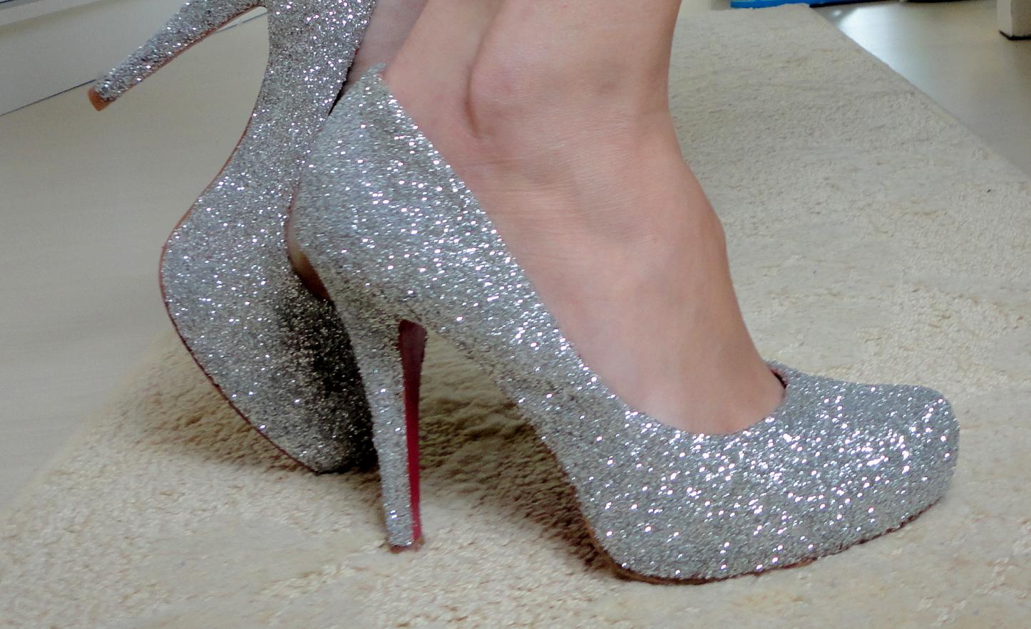 ad9c9a052 Faça você mesma: Seus sapatos com glitter…LINDOS! | Hora de Diva