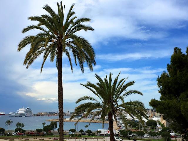 Palma de Mallorca - zwiedzanie, odpoczynek i zabawa!