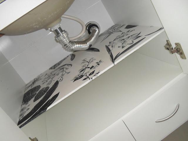 prateleira para armário do banheiro