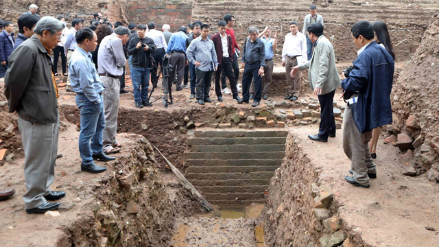 Vietnam's Thang Long imperial city excavation reveals large structures
