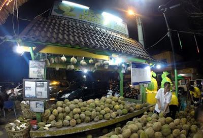 Ucok Durian | Tempat Kuliner di Medan