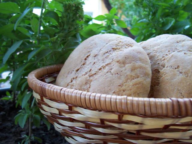 Ev yapımı esmer semmel ekmeği tarifi