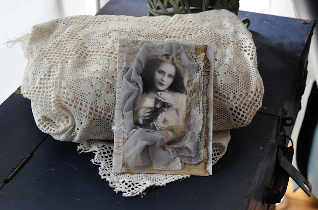 vintage lace card