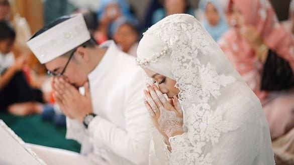 Menikah Tidak Ditentukan Atas Dasar Usia. Tapi Menikah Itu Didasari Atas Izin dan Kehendak Allah