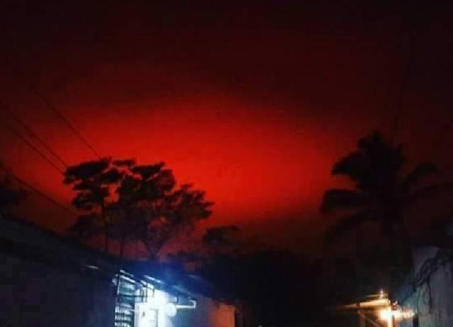 Mysterious Blood Red Sky Baffles Residents Of El Salvador