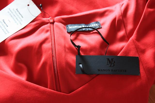 UE 50 Mode Blog, rotes Kleid, Plussize, große Größe von Navabi