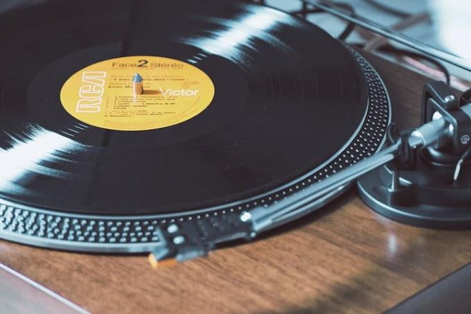 Aprende cómo limpiar discos de vinilo en pocos pasos