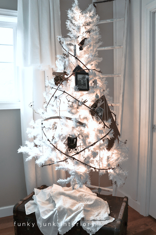 A little white Christmas tree of gratitude... with a grapevine garland. Story on Funky Junk Interiors