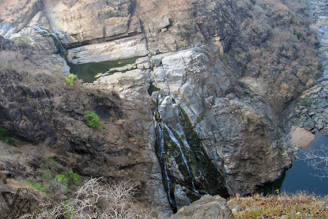 Magod falls during peak summer (End of Mar-2011)