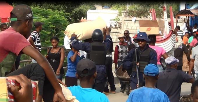 Comerciantes se reunirán el jueves para tratar veda en Haití de productos dominicanos