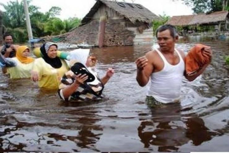 Kampung Cijanur Garut dierjang Banjir