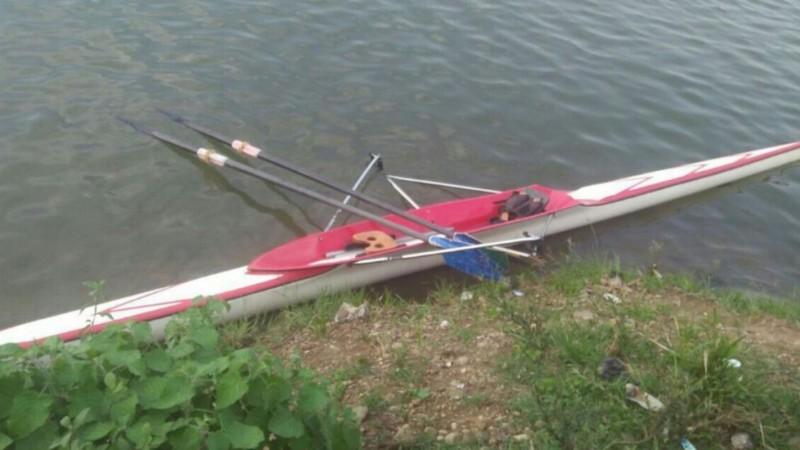 Perahu rowing yang digunakan Tarmizi