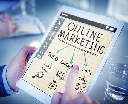 Banyak orang yang ingin mencar ilmu cara julan online untuk menghasilkan uang dari internet 7 Cara Jualan Online Yang Praktis Dan Menguntungkan Untuk Pemula