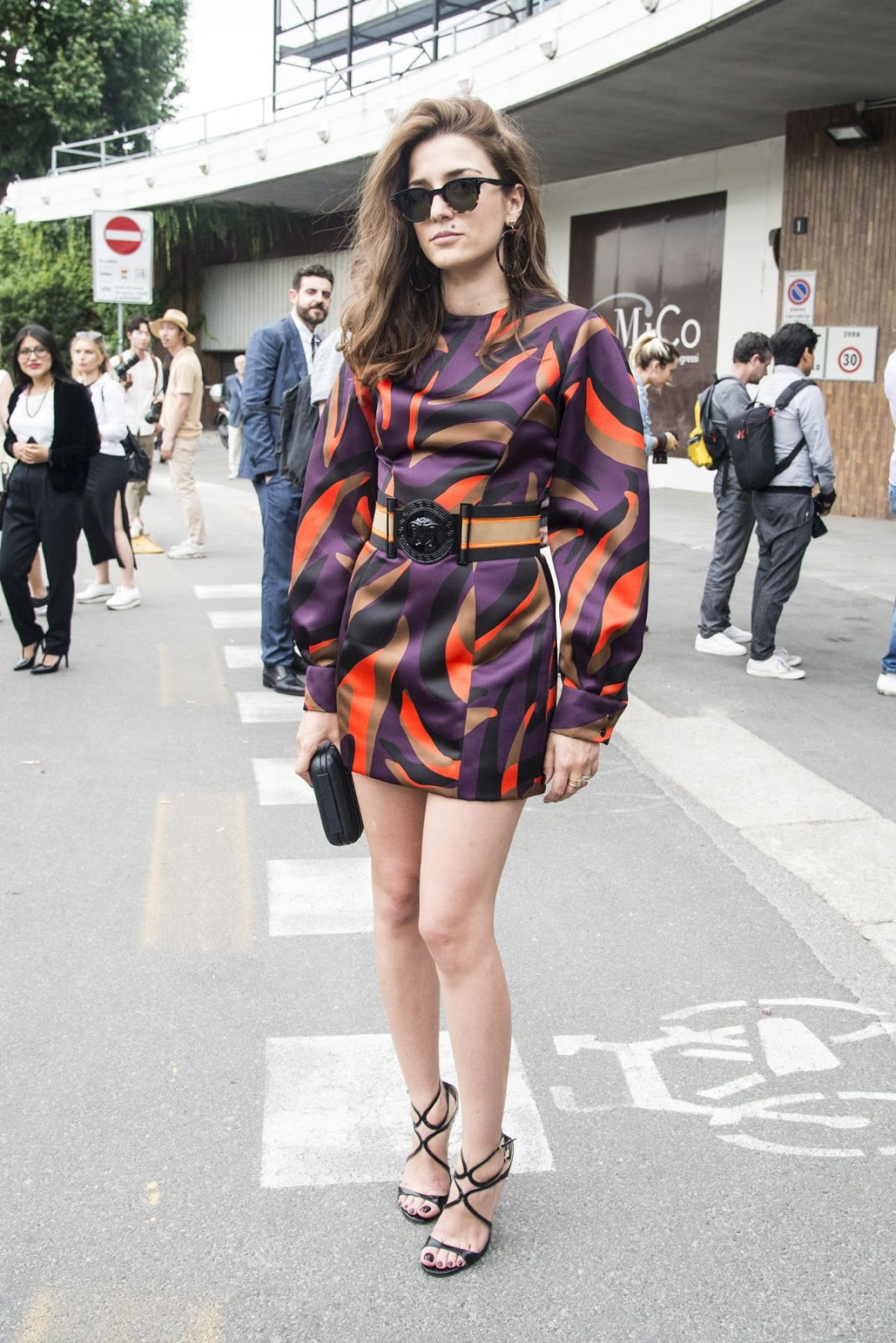 HQ Photos of Eleonora Carisi at Versace Fashion Show in Milan