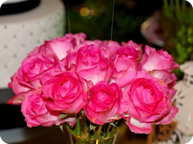 Rosas Cor de Rosas na Decoração de Aniversário Chanel