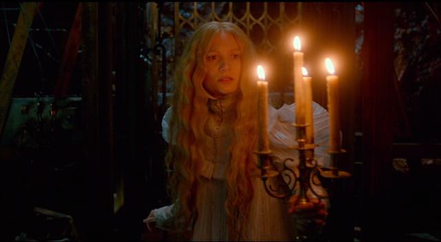 Mia Wasikowska as Edith Cushing in CRIMSON PEAK (2015).