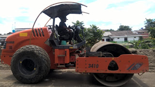 Hallo guys para civil engineering yang andal  Peralatan Pekerjaan Konstruksi Jalan
