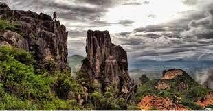 http://agusmedia.com/hidden-paradise-rocks-bandung/