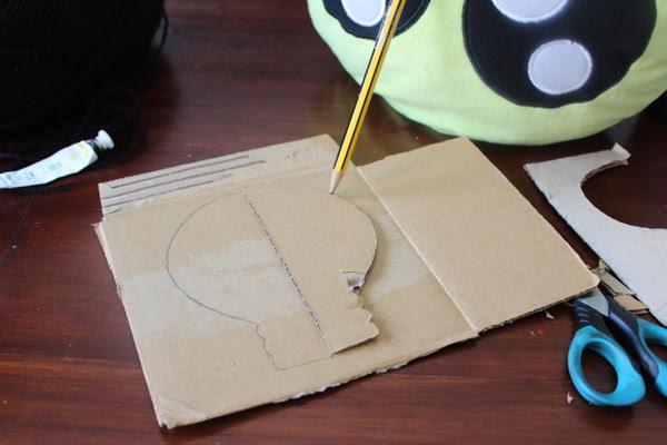 Como hacer una bombilla con cartón