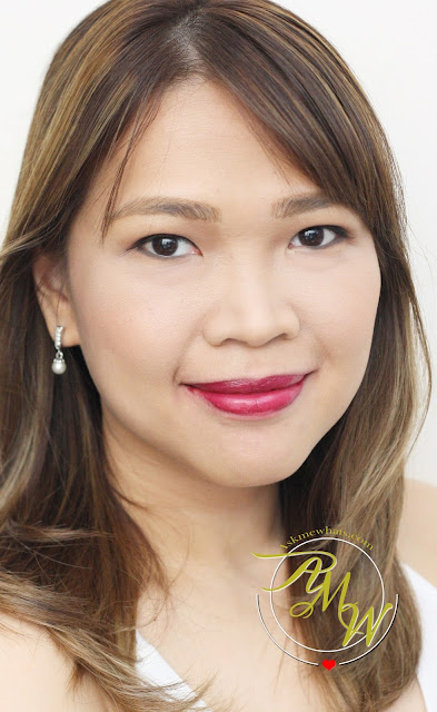 a photo of Nikki Tiu AskMEWhats wearing L'Oreal Infallible 10H LongWear Lipstick Everlasting Plum