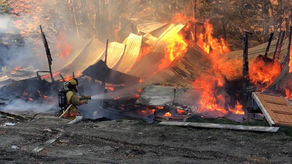 Incendio destruyo una casilla