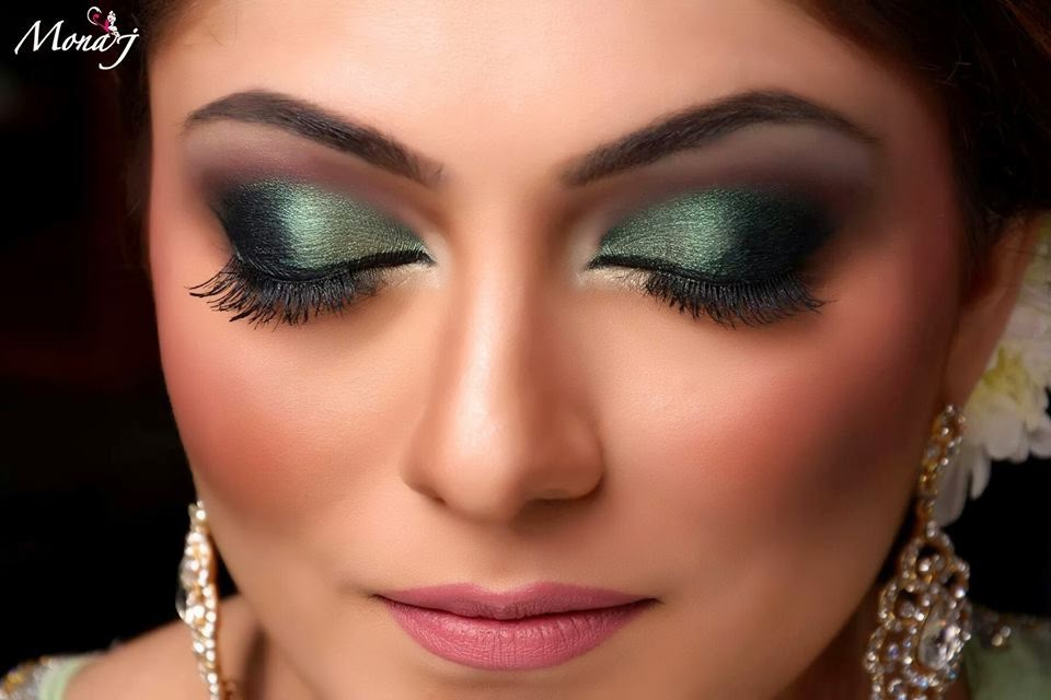 Eye makeup for wedding party