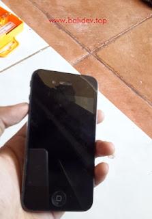Mengganti layar iphone 4