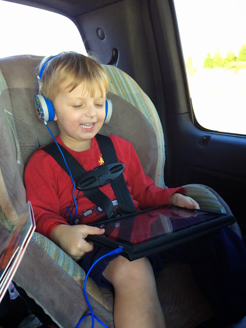 Surviving a road trip with kids. Tips and tricks to making a road trip more enjoyable for everyone!