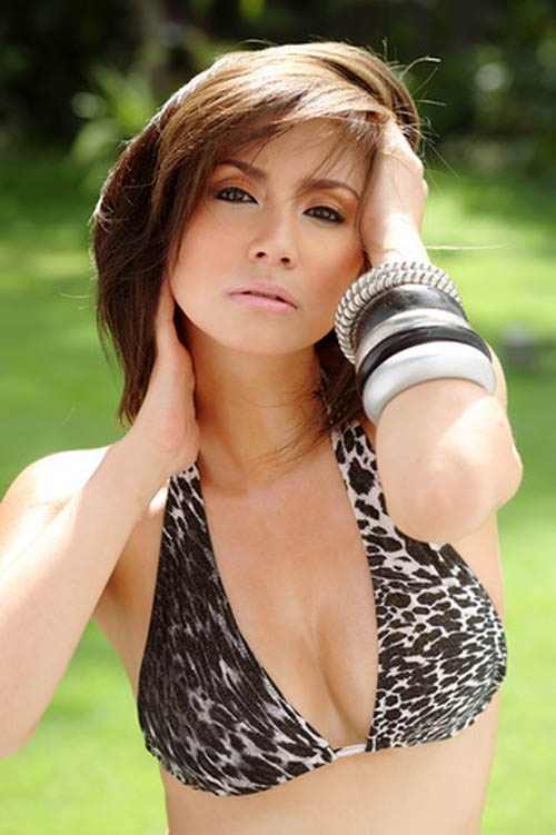 mariel rodriguez sexy bikini pics 04