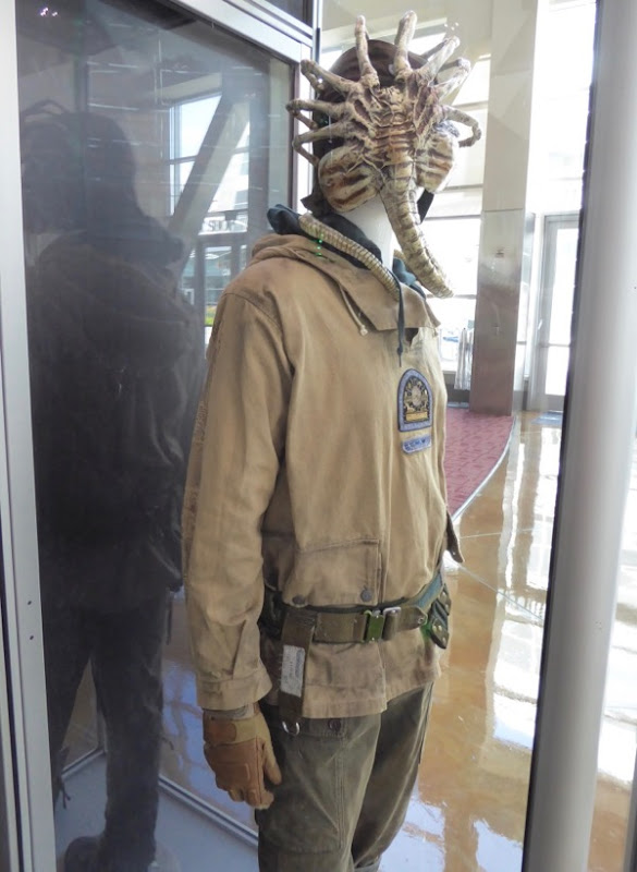 Alien Covenant Oram film costume Facehugger