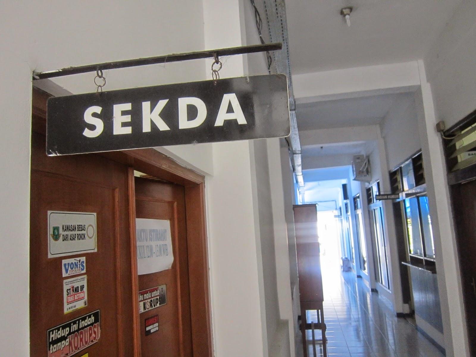 Jalan – Jalan Ke Kantor Pemda Kota Sukabumi