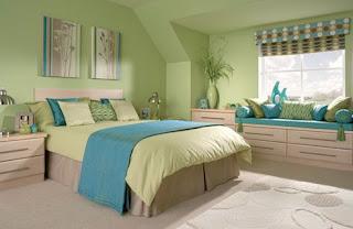 Dormitorio en verde y turquesa