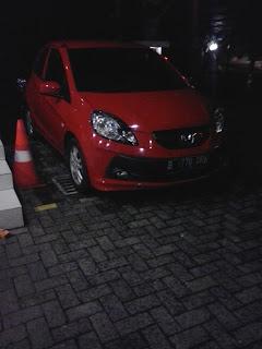 Honda Brio Merah