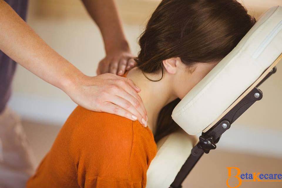 6 Best Reflexology Exercises for Back Pain