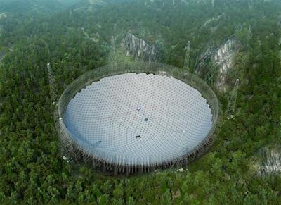Acaba la instal·lació del telescopi més gran del món