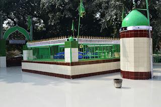 Mazar Hazrat Shah Muhibbullah Allahabadi