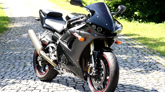 Wallpaper: Yamaha Motorcycle R6
