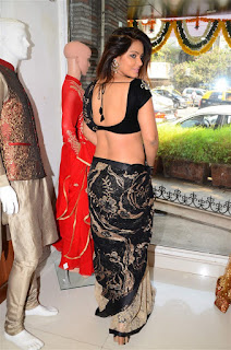 Neetu Chandra in Black Saree at Designer Sandhya Singh Store Launch Mumbai (38).jpg