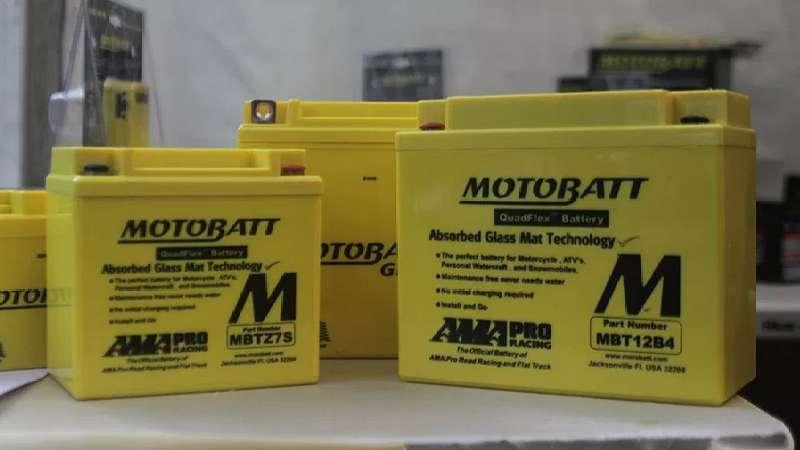 gambar aki Motobatt