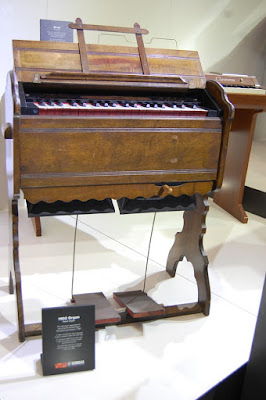 Cây đàn Piano đầu tiên của Yamaha