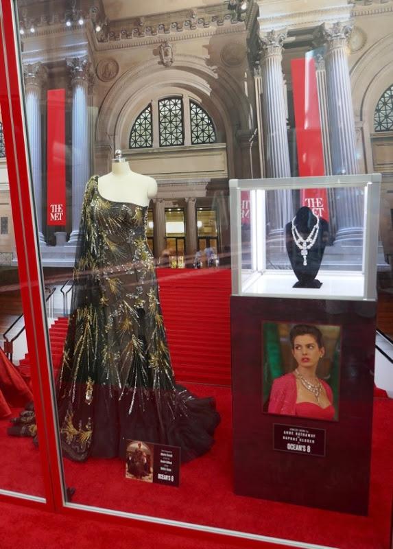 Oceans 8 Sandra Bullock gown Toussaint necklace prop