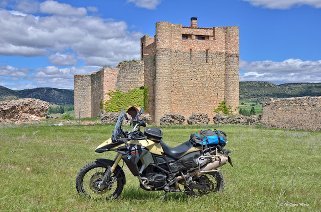 BMW F800 GS Adventure. Trail Forever. Albarracín y Molina de Aragon.