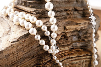 3 Top Reasons Why You Should Buy Pearl Jewelry by Nile Corp