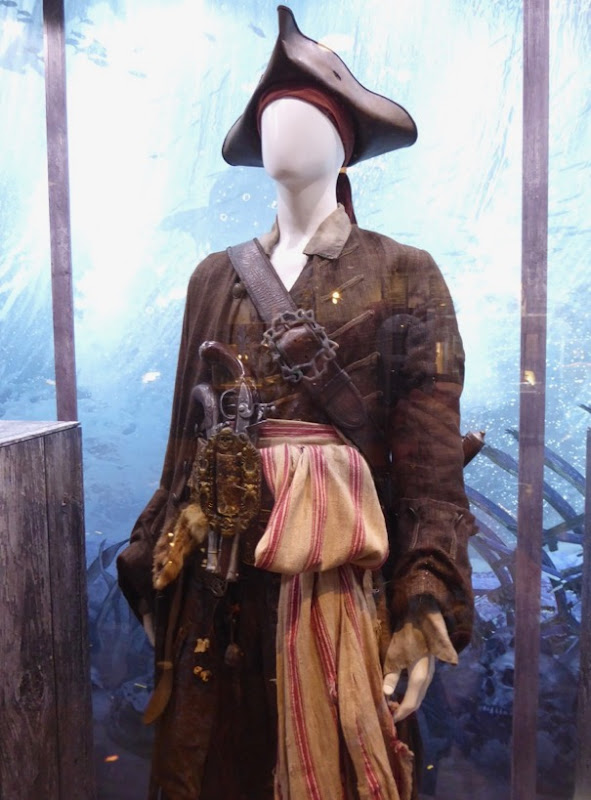 Pirates Caribbean Dead Men Tell No Tales Jack Sparrow costume