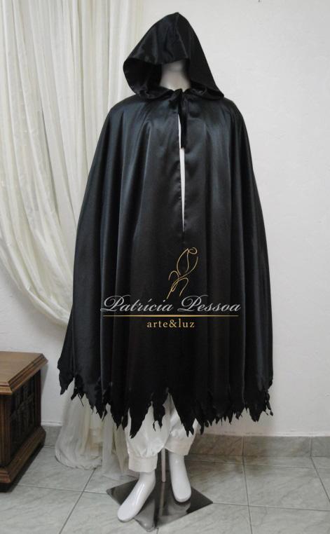Samantha Evergreen 001-roupa-capa-exu-ogum-preta-patricia-pessoa-blog