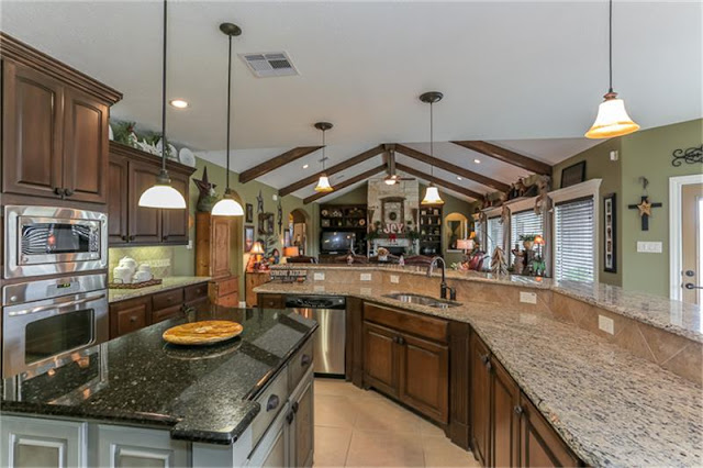 Open Concept Kitchen-Kitchen Island-House Hunting-Texas Hill Country House- From My Front Porch To Yours