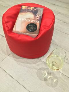 """...i wino... """"Wszystkie moje kobiety. Przebudzenie"""" Janusz Leon Wiśniewski, fot. paratexterka ©"""